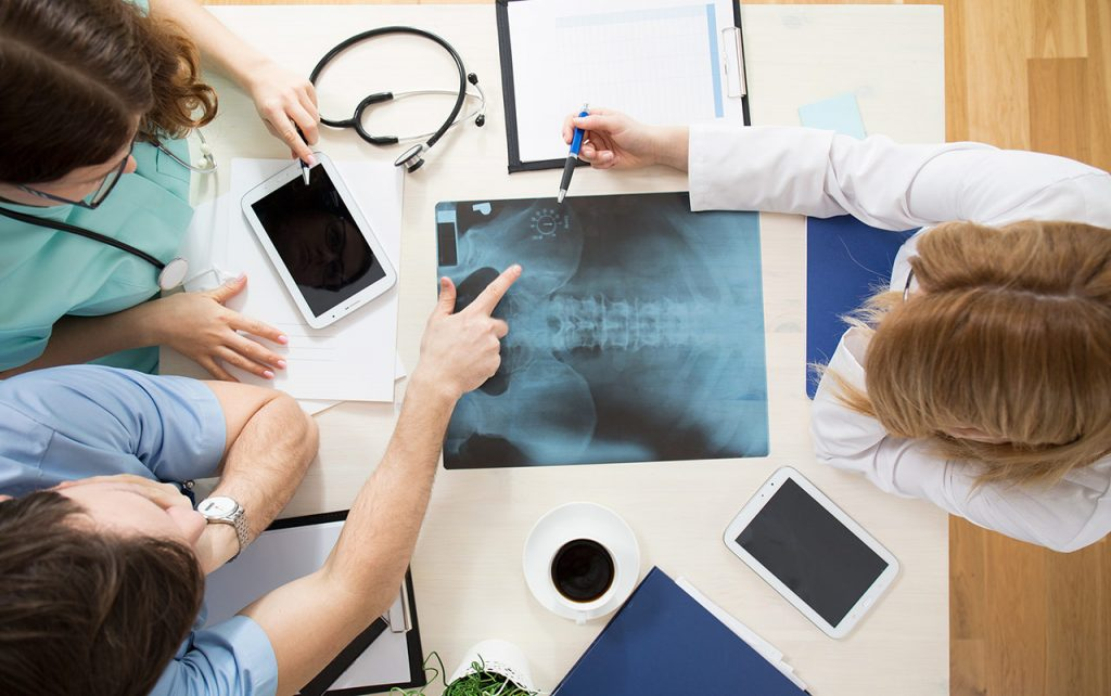 Osteopatia to leczenie niekonwencjonalna ,które ekspresowo się ewoluuje i wspomaga z problemami zdrowotnymi w odziałe w Krakowie.